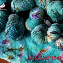 Repeatable Yarn Colourways